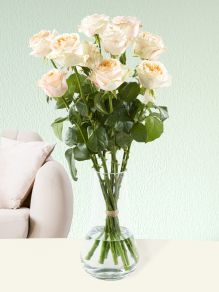 10 salmon-coloured roses - Victorian