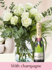 White roses with eucalyptus and Moët & Chandon champagne 0,375l
