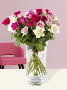 Pink festival of 30 roses