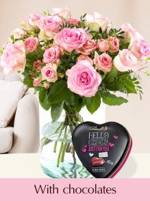 Pink mix bouquet with Lindt Hello heart 45g