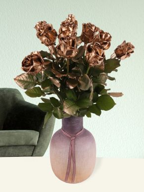 10 gold-coloured wax roses
