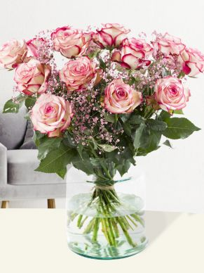 Rose bouquet Paloma with pink gypsophila