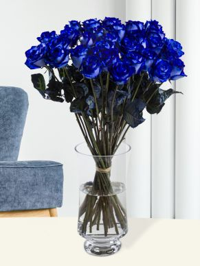 30 blue roses