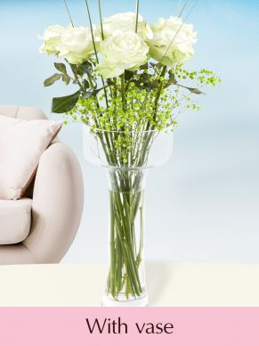 7 white roses with gypsophila + glass vase Niki